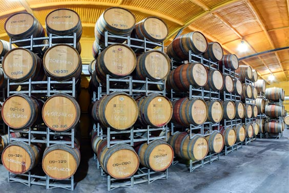 tamburlaine-organic-wines-barrel-room