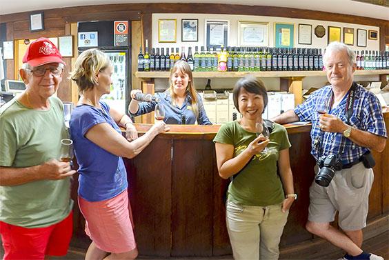 tamburlaine-organic-wines-cellar-door-wine-tasting