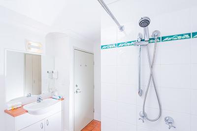 1-bedroom-400px-5