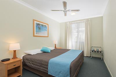 1-bedroom-400px-7