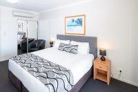 The Brighton Studio Lake View King Bed